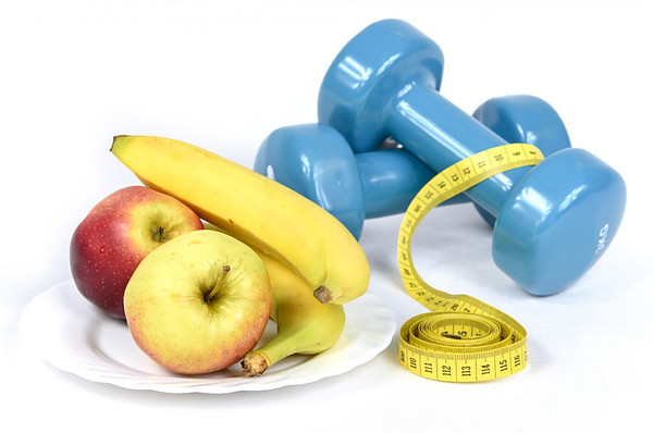 Fruit, dumbbells, anabolic window, nutrient timing