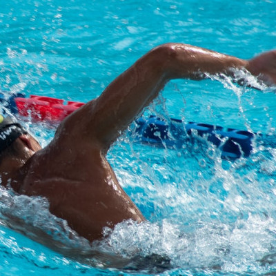 Aerobic exercise, strengthening immune system naturally, swimming, exercising helps immune system