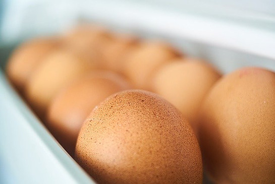 Foods not to put in the fridge - eggs on fridge door