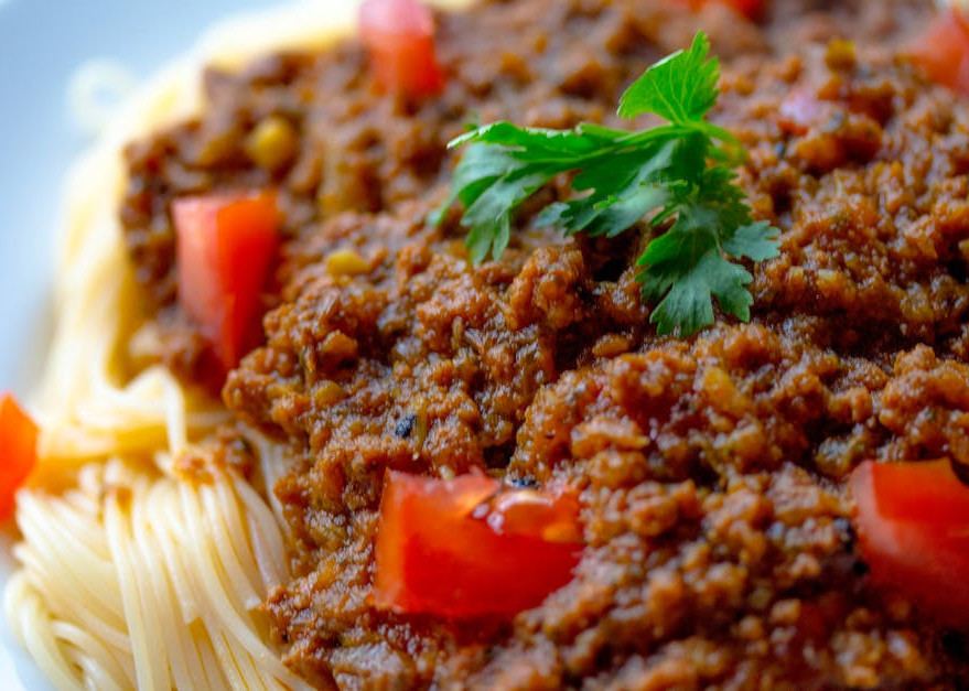 How to eat clean on the go - spaghetti bolognese